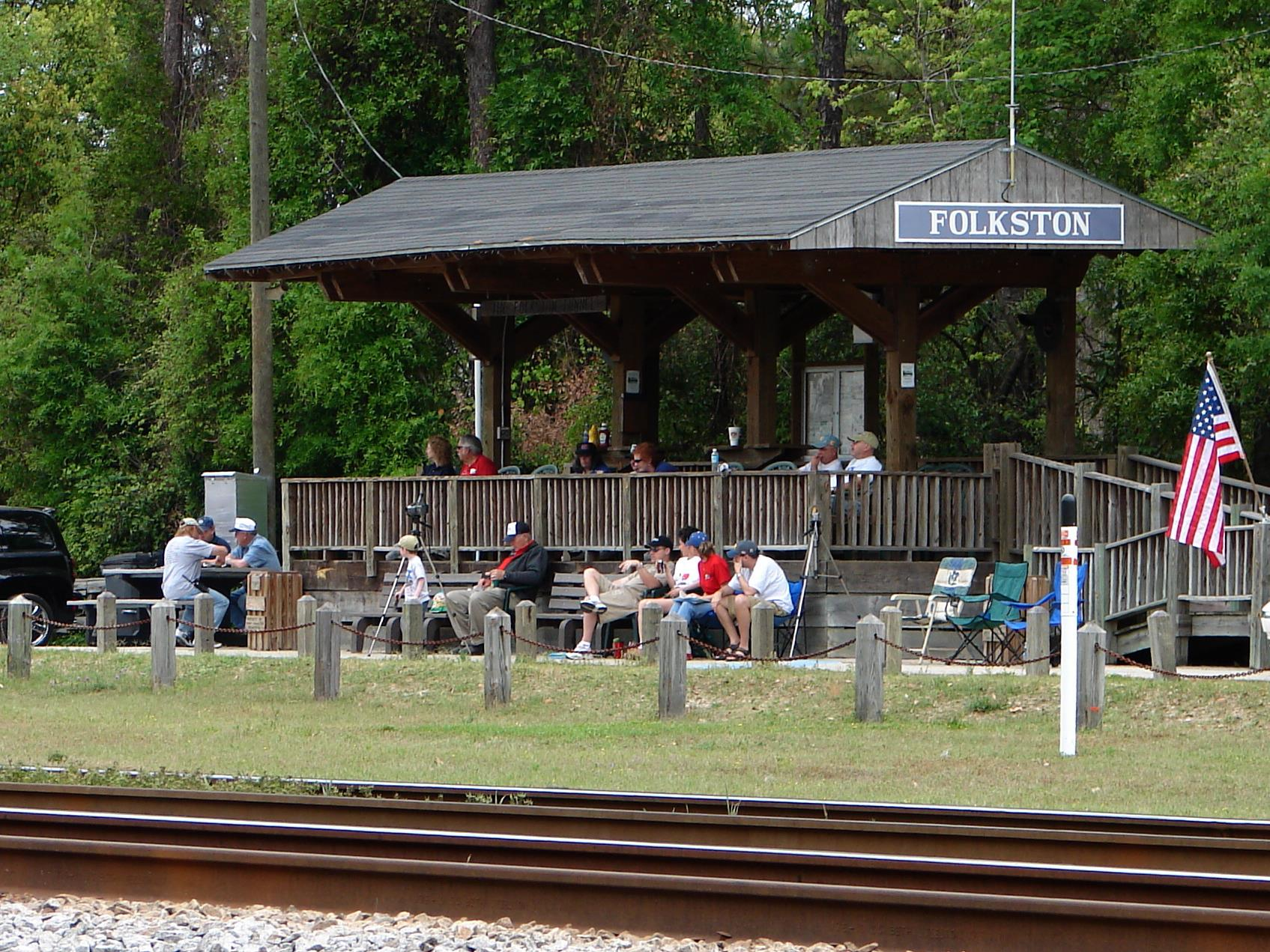 Train Watching is a year around sport in Folkston